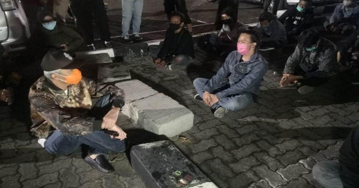 Ganjar Minta Kepsek Dan Ortu Ajak Bicara Siswa Terkait Aksi Demo Kampusnesia
